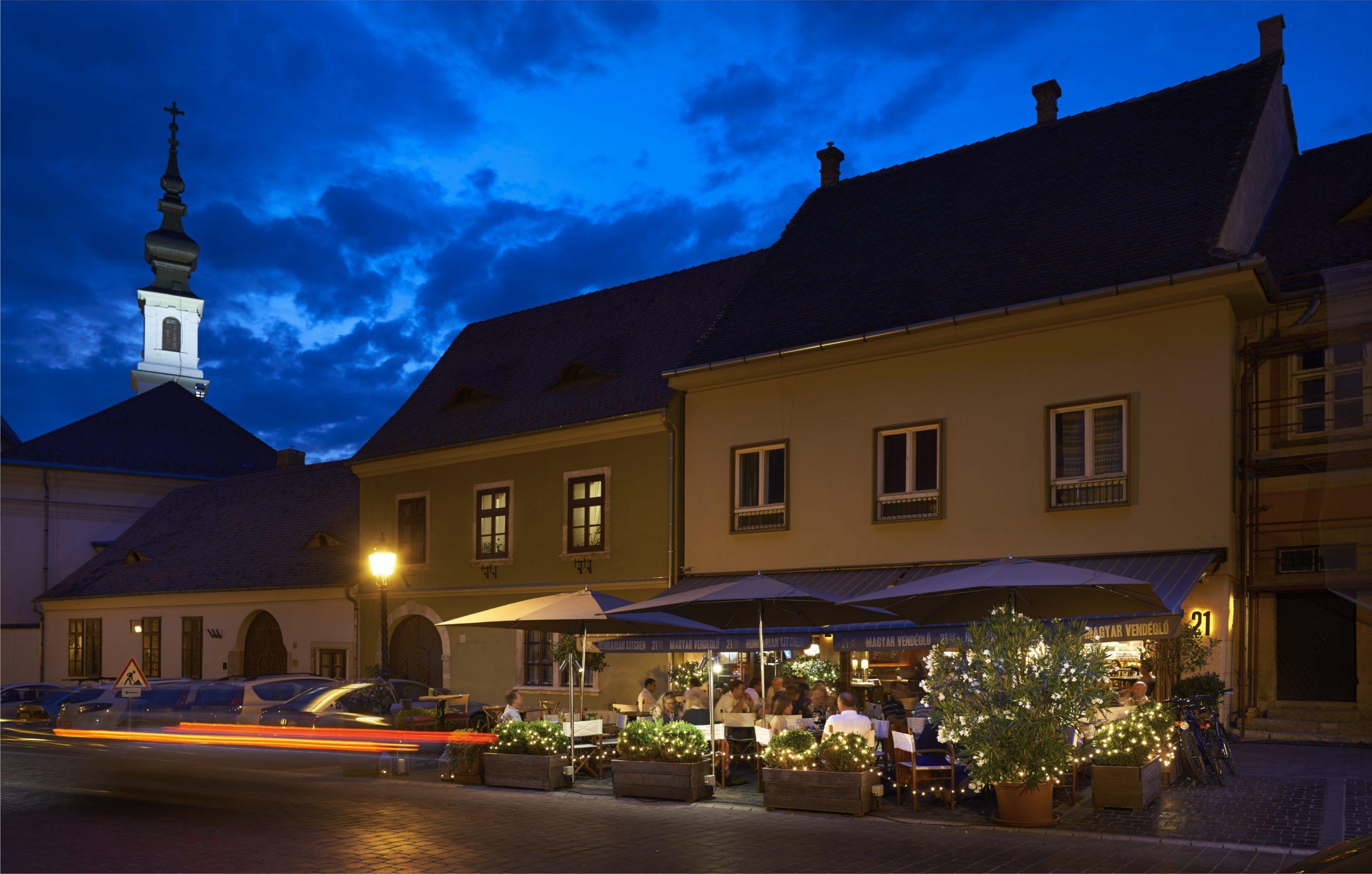 31 Magyar Restaurant