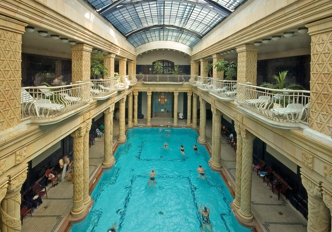 gellert bath main pool