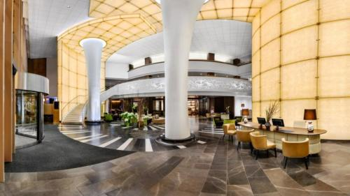 The lobby of Kempinski Budapest Hotel